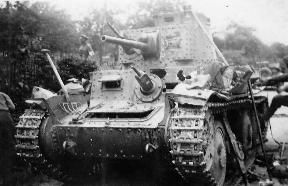 Early Panzer 38t tank 3