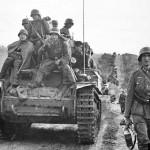 Panzerbefehlswagen 38(t) and wehrmacht soldiers