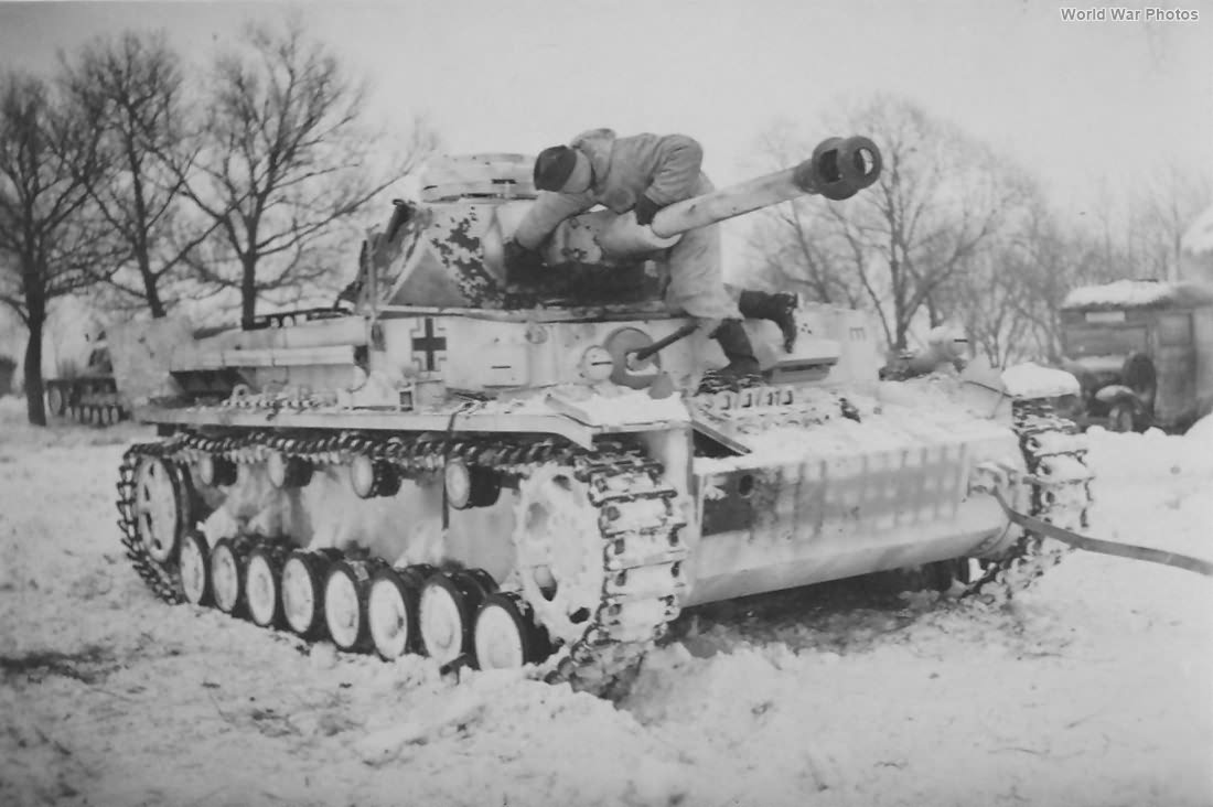 Panzer IV G of the 20. Panzer-Division, Winter | World War Photos