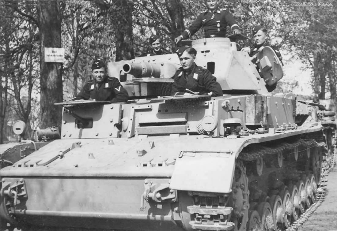 Uparmoured_Panzer_IV_Ausf_D.jpg