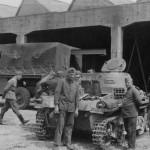 Panzer I ausf A tank maintenance