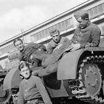 Panzer I ohne aufbau and crew