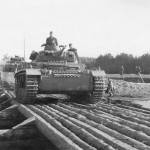 Panzer III ausf H on bridge