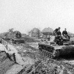 Column of Panzer III tanks, Soviet Union