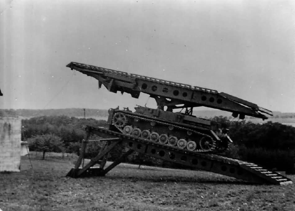 Bruckenleger IV German bridgelayer