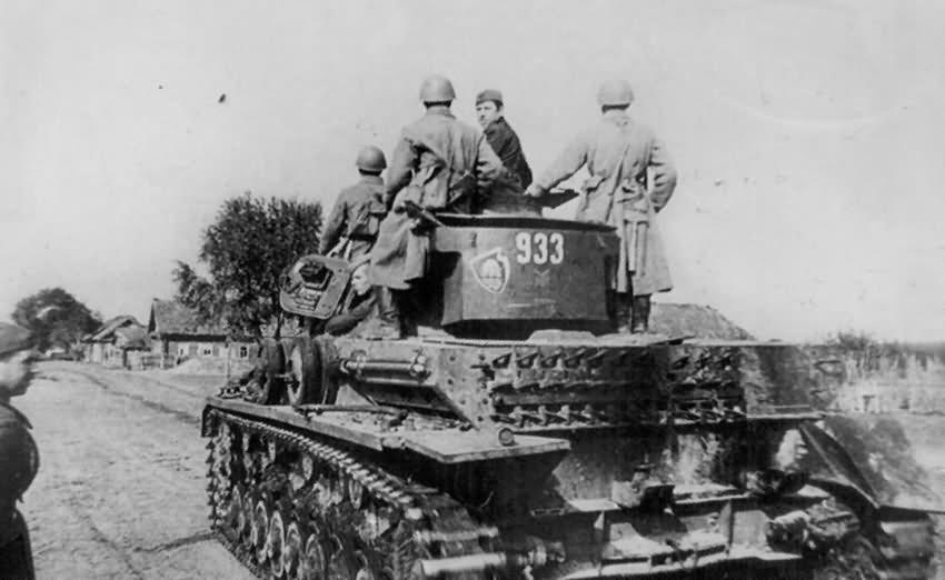 Captured German Panzer IV Tank 933 of 8th Panzer Division