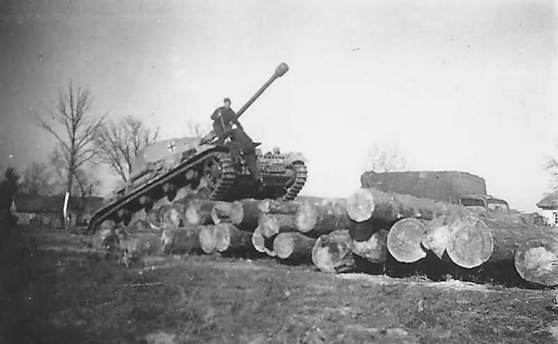 Pz.Kpfw IV of the 5th SS Panzer Division Wiking Russia