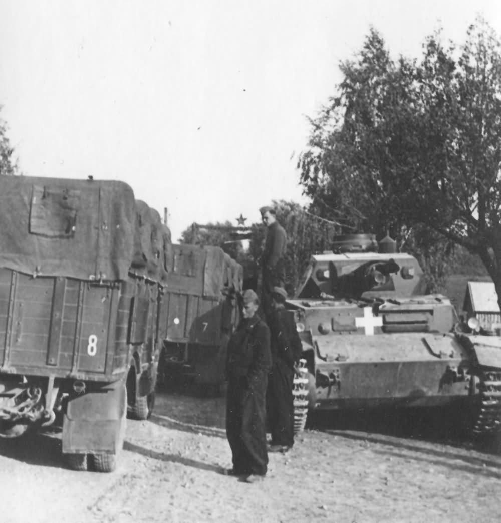 Panzer_IV_Ausf_C_Lomzz_Poland_1939.jpg