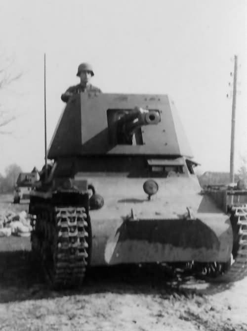 STA(Steel Tank Add-on) 3.3 - Page 7 Panzerjager_I_front_view_3