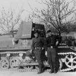 Panzerjager I and crew