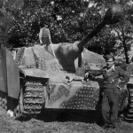 StuG 40 Ausf G with saukopfblende