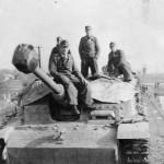 StuG 40 Ausf G with zimmerit