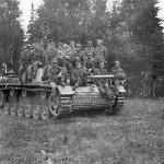 StuG 40 and German troops