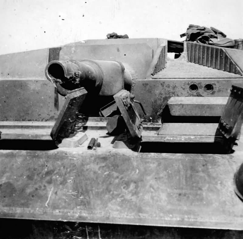 StuG III with damaged gun
