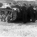 Sturmgeschutz StuG III and crew
