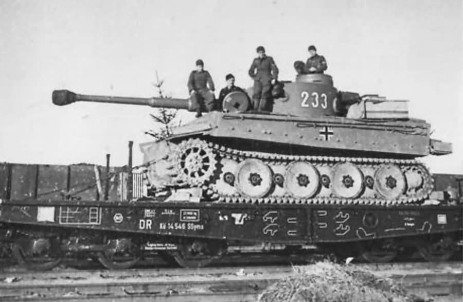 Tiger tank 233 of schwere panzer abteilung 503 rail transport