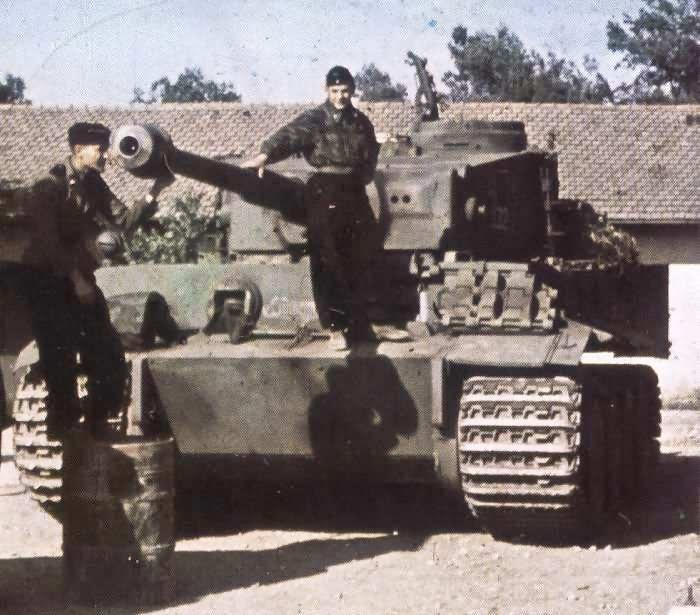 Panzer VI Tiger with its crew color photo