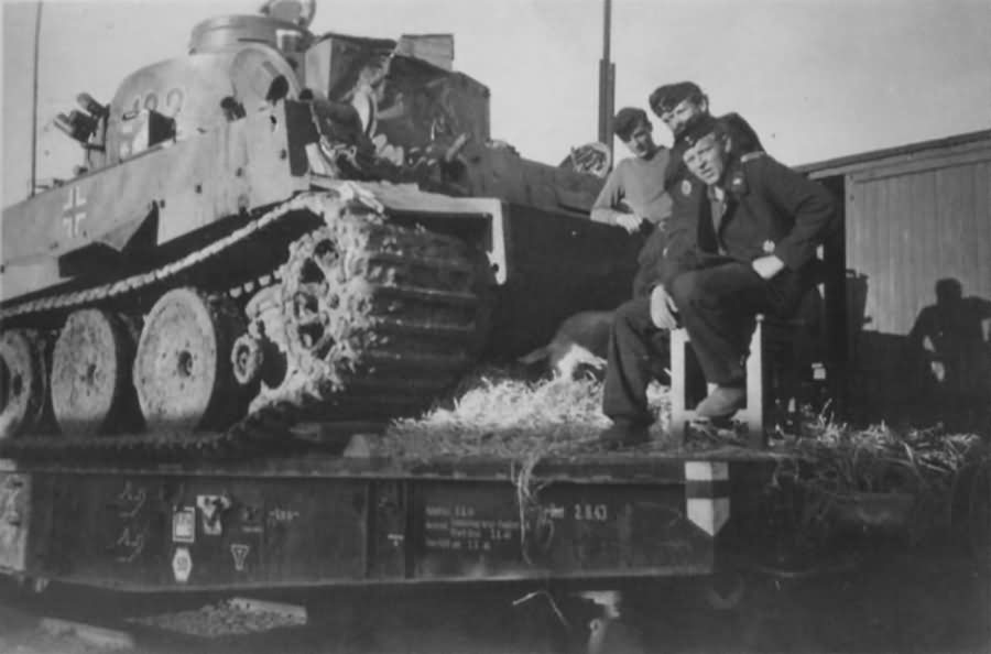 Tiger I of the Schwere Panzer Abteilung 503, tank number 112. Crew, rail transport
