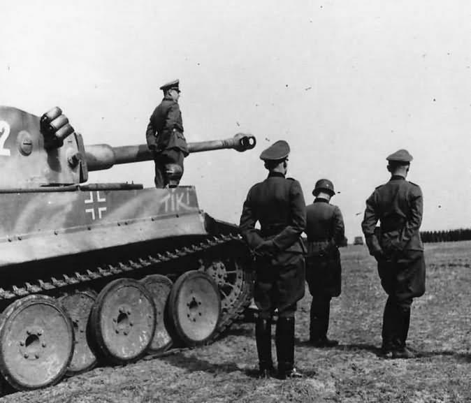 Tiger I number 812 Tiki 8/SSPzRgt.2 Das Reich SS Obergruppenfuhrer Walter Kruger photo