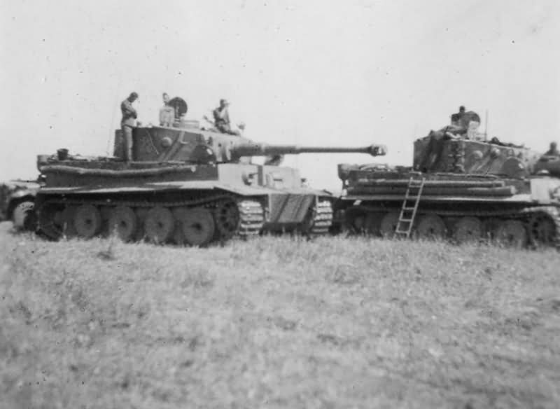 Tigers I of the Panzer-Regiment Grossdeutschland