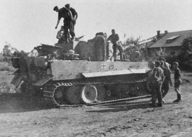 Tiger I tank 42