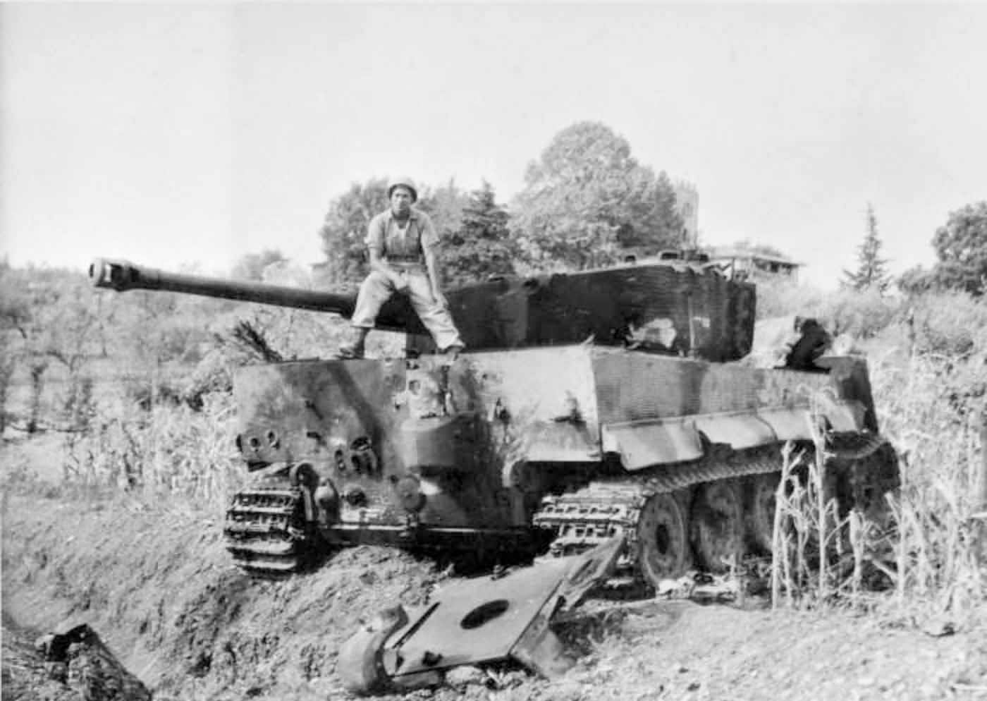 Tiger tank of the 508th Heavy Panzer Battalion (Late Production)