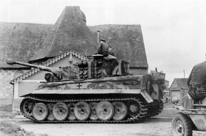 Panzer VI Tiger Ausf E of schwere SS-Panzer-Abteilung 101, tank number 131 – Normandy 1944