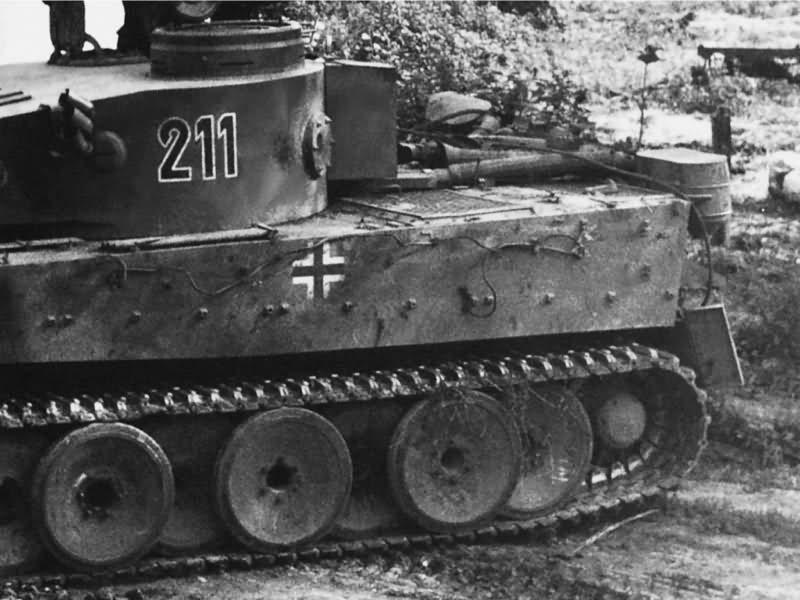 Tiger tank number 211 Schwere Panzer-Abteilung 503 2