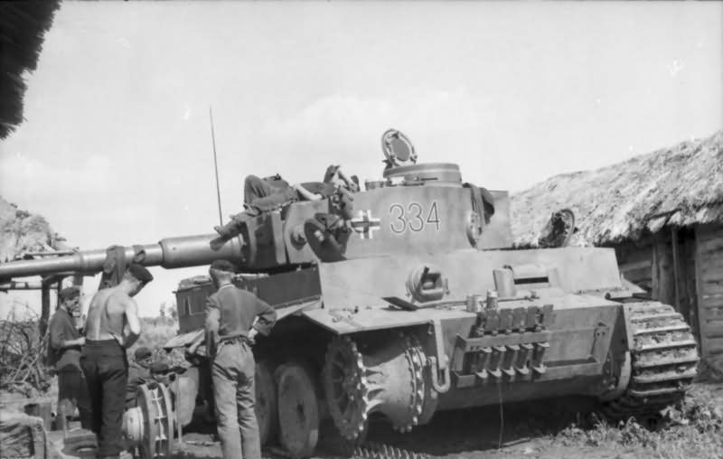 German heavy tank PzKpfw VI Ausf. E Tiger I of Schwere Panzer-Abteilung 503, tank number 334
