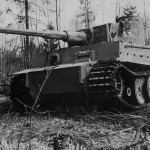 Tiger I number 3 of Schwere Panzer-Abteilung 502 near Leningrad 1943 left side