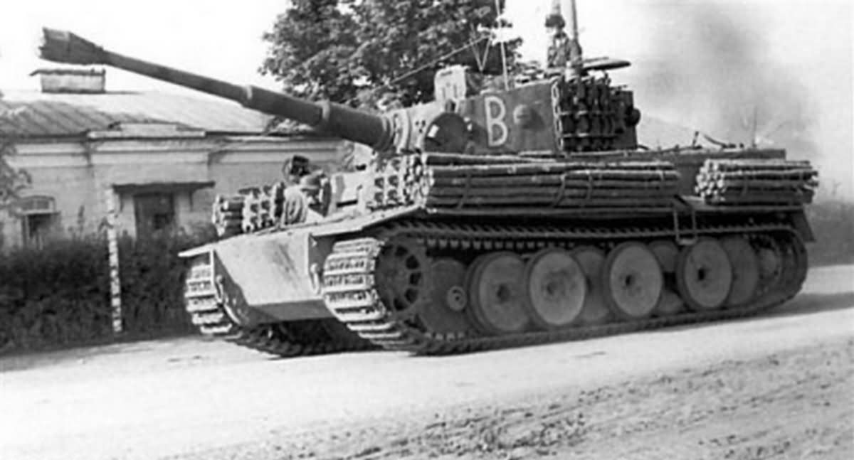 befehls Tiger code B of Schwere Panzer Abteilung 507, Eastern front 1944 – side view