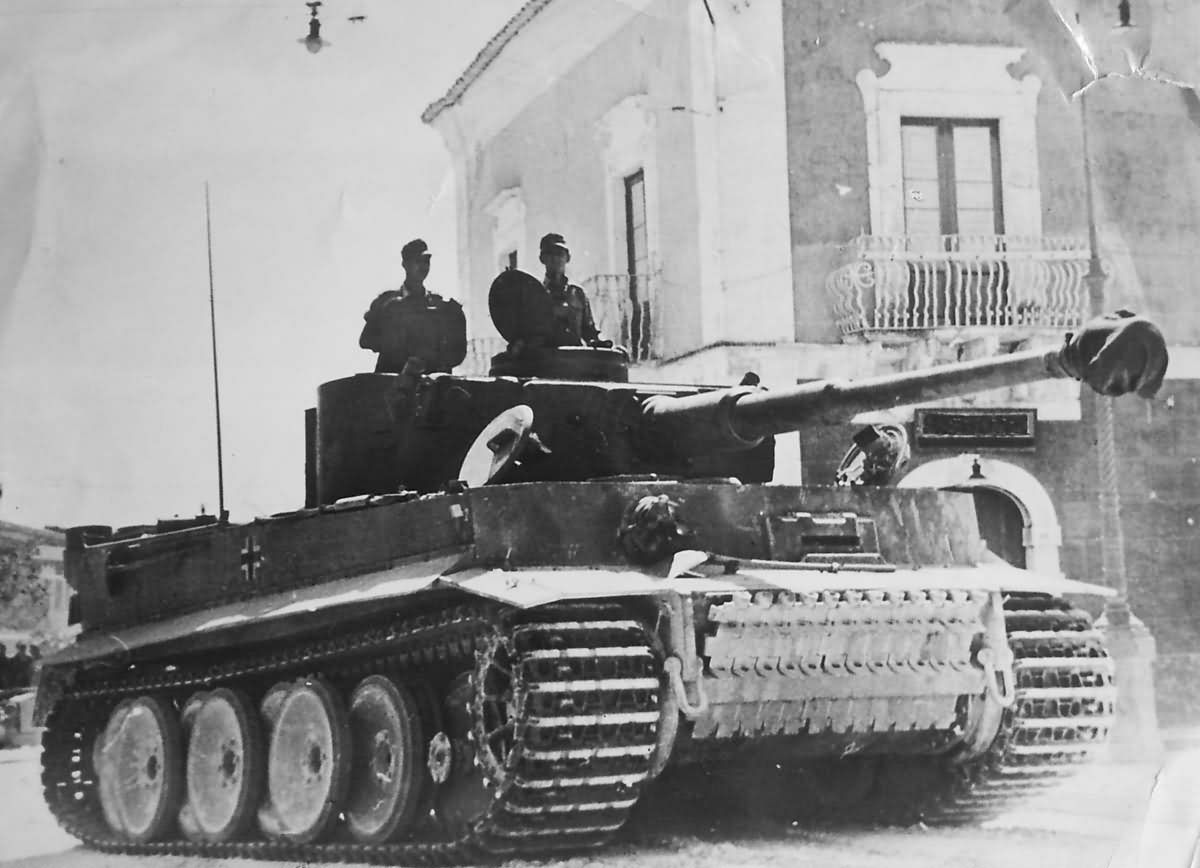 Tiger I tank of schwere Panzer-Abteilung 504 Sicily 1943