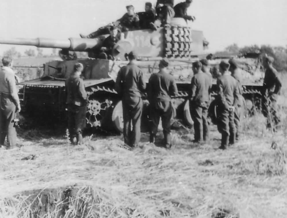 Tiger I number 114, 505 Schwere Panzer Abteilung Eastern Front 1943