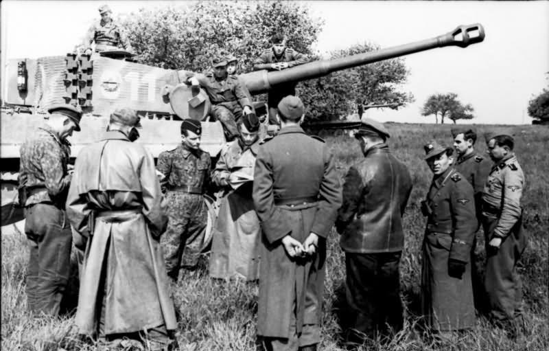 Panzer VI Tiger Ausf E of schwere SS-Panzer-Abteilung 101, tank code 311 Normandy 1944