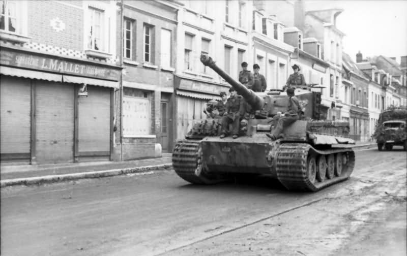 Tiger Ausf E of 2/Schwere Panzer-Abteilung 503, tank number 213. France 1944