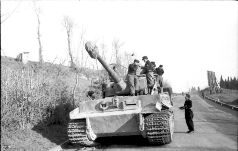 Tiger I tank Rome 1944 1