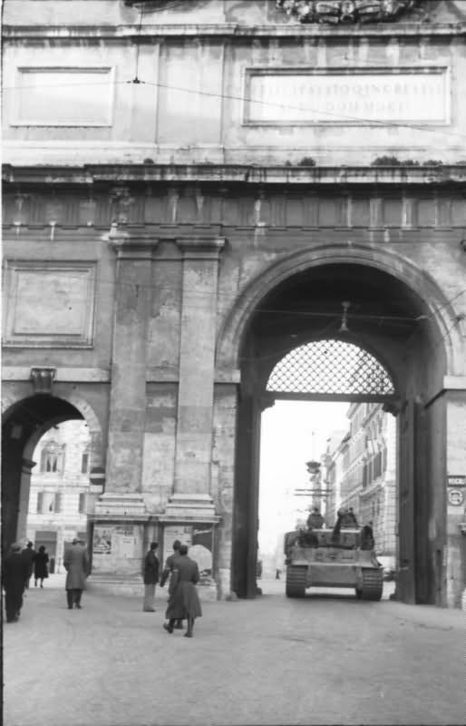 Tiger I tank from schwere Panzer Abteilung 508 Rome 1944 3