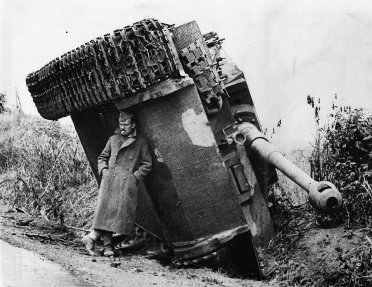 Tiger I with zimmerit of the schwere Panzer-Abteilung 508. Italy 1944