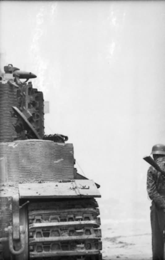 Villers Bocage Soldat and Panzer VI Tiger tank