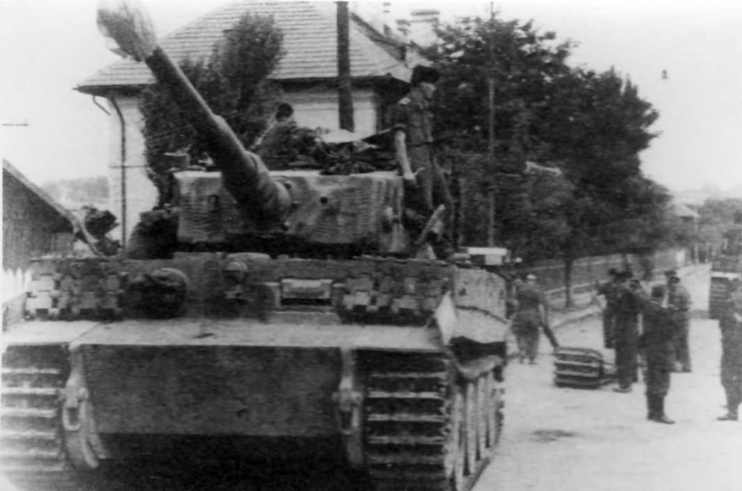 Tiger code A12 of the III Battalion Panzer Regiment Grossdeutschland 1944