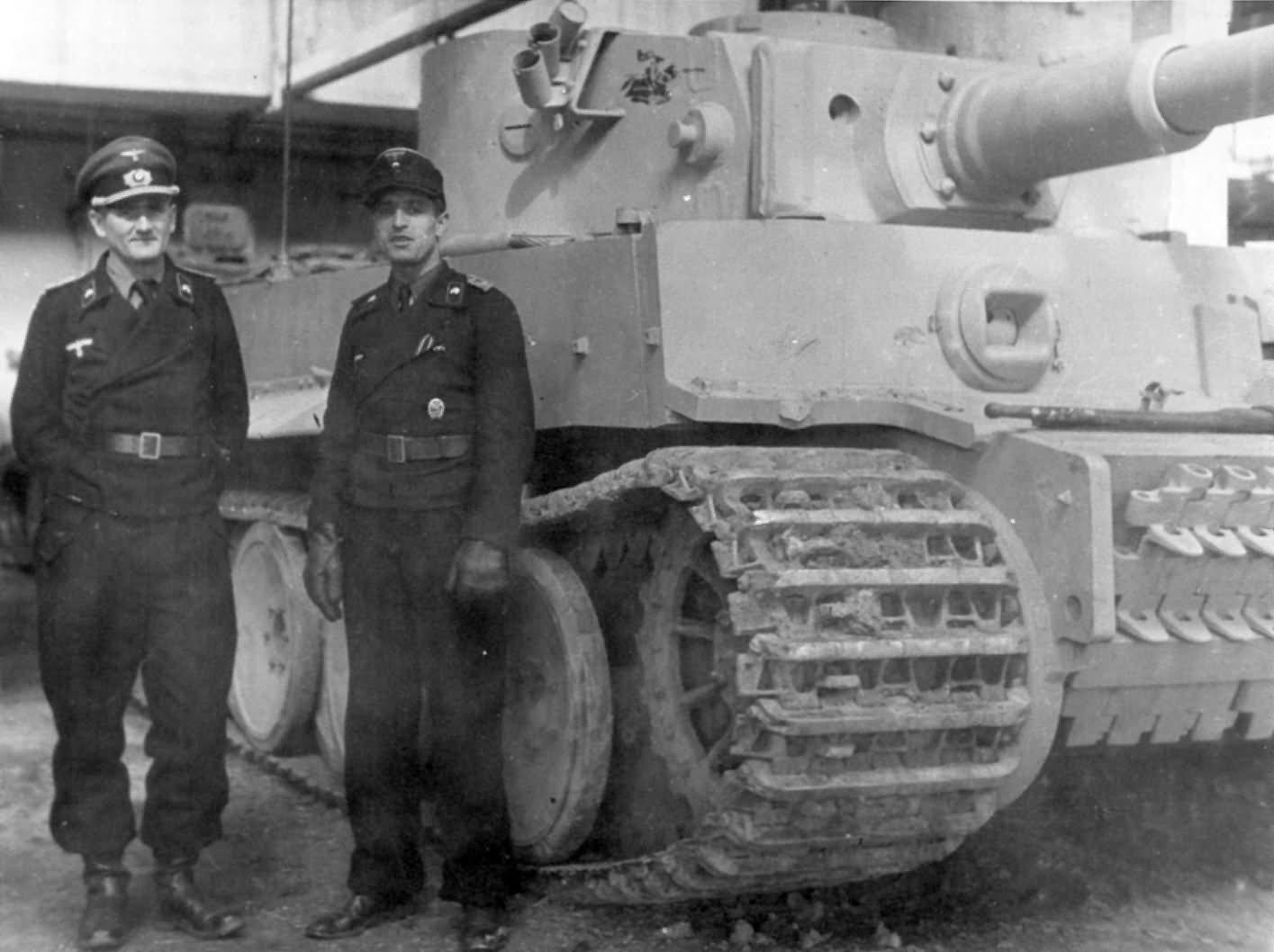 Tiger tank 121 of the of schwere Panzer-Abteilung 505, Orscha