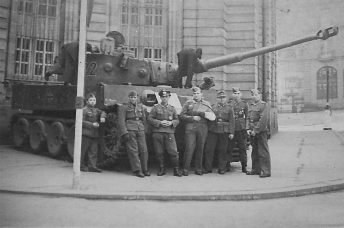 Tiger tank number 222 of Schwere Panzer Abteilung 503 and soldiers