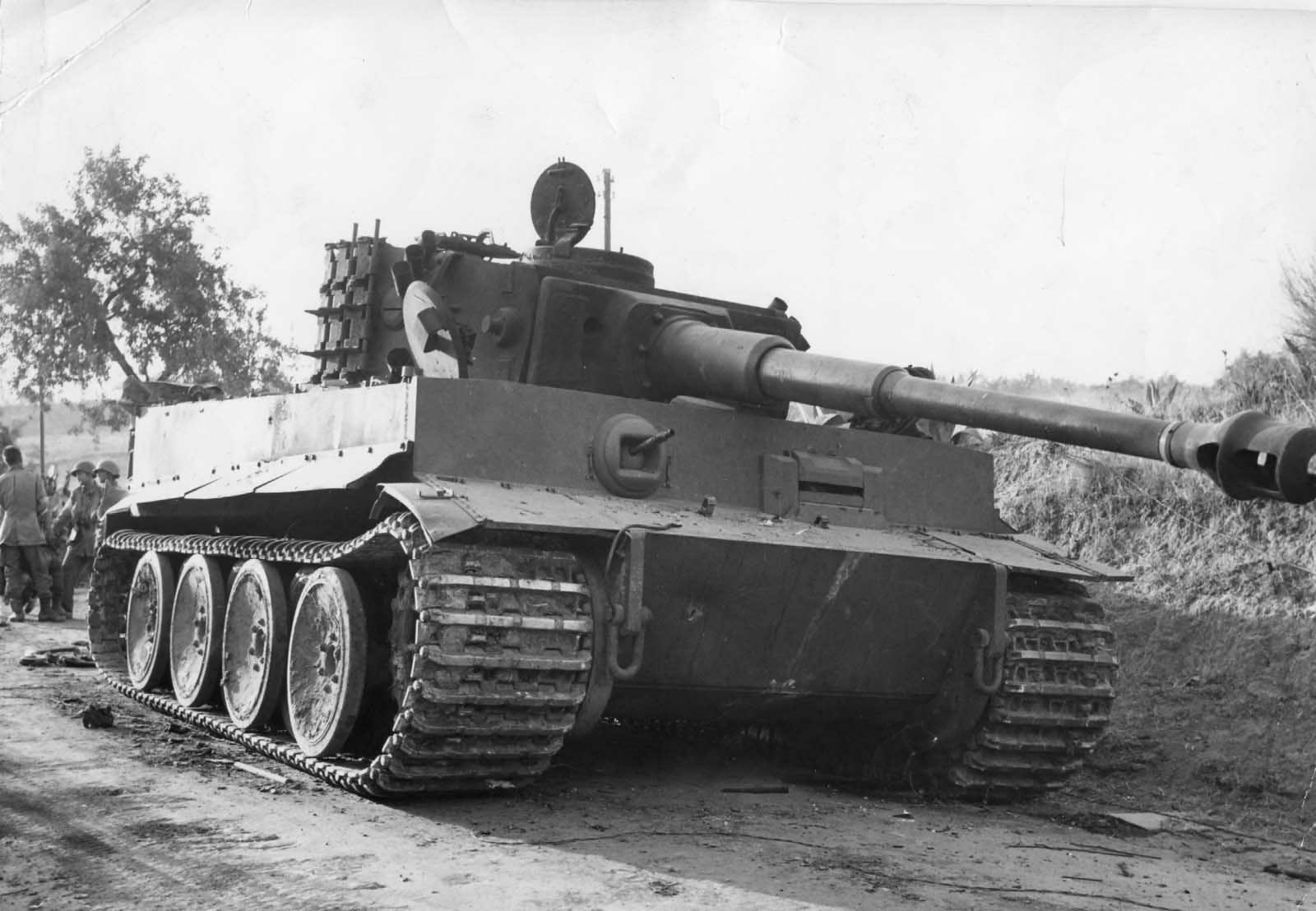 Panzer VI Tiger of Schwere Panzer-Abteilung 504, Ponte Dirillo Sicily