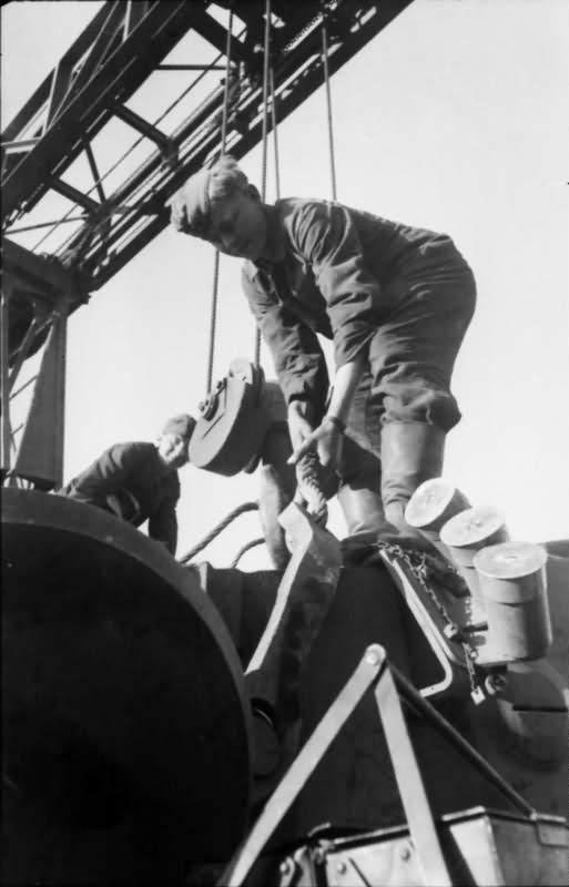 Tiger tank turret 2