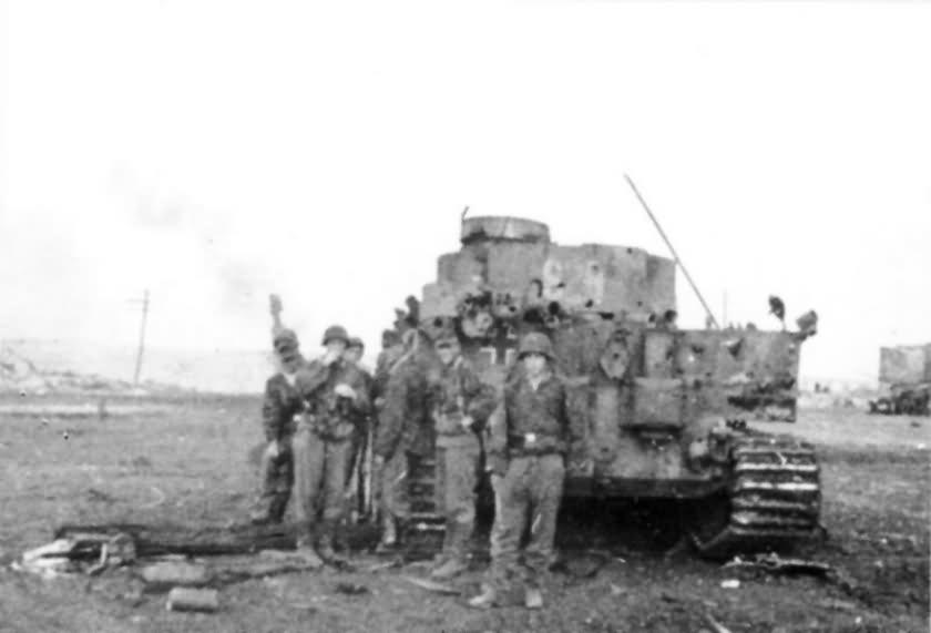 """Panzer VI Tiger S24 from schwere Panzerkompanie SS-Panzer Regiment 2 """"Das Reich"""" Kursk"""
