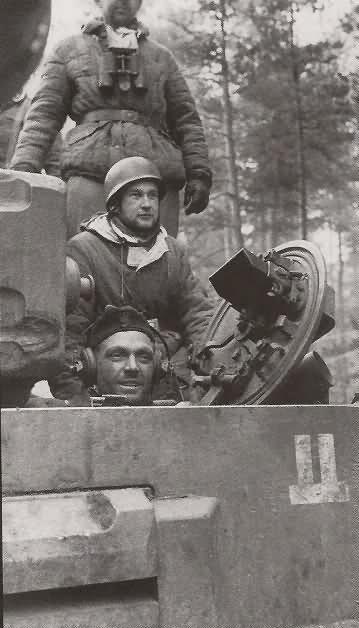 Panzer VI Tiger code S33 of Schwere Panzerkompanie SS-Panzer Regiment 2 Das Reich