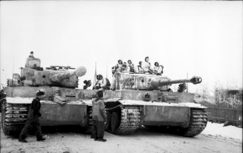 Tiger I number 221 and 224 of Schwere Panzer Abteilung 501 winter camo eastern front