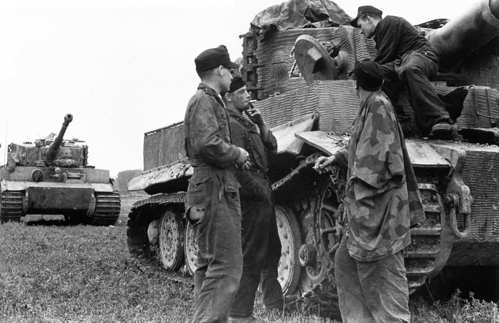 Tiger 224 of schwere Panzer Abteilung 503, Normandy. Tank with zimmerit