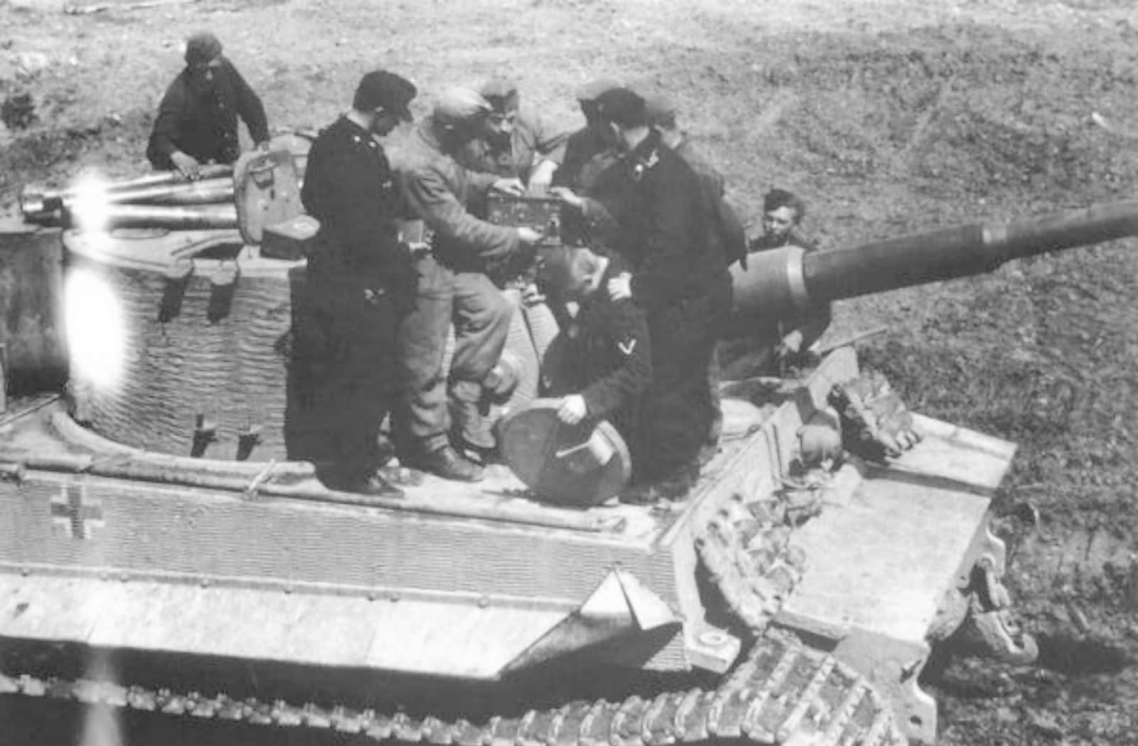 Tiger I with zimmerit