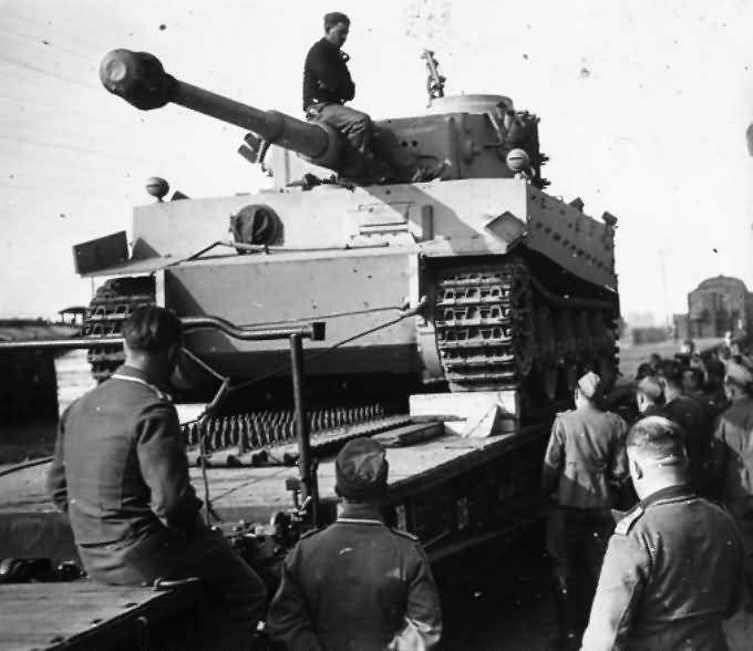 Tiger I with transport tracks